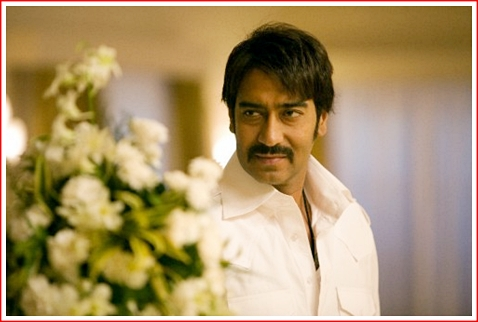ajay-devgan-in-once-upon-a-time-in-mumbai-e1326794722222 ...
