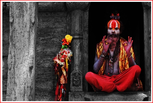 NEPAL - SADDHU PRIEST