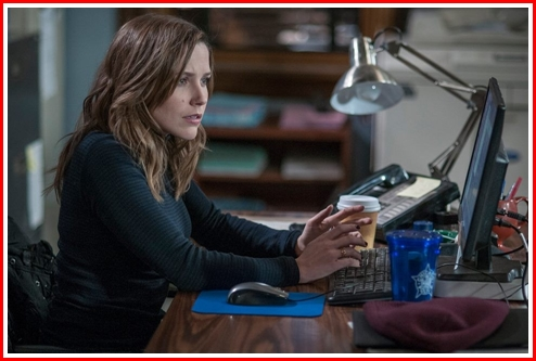 She thought long and hard. Voight even asked her if she had her mind on work. She tells the squad she's opting for the DEA Task Force job.