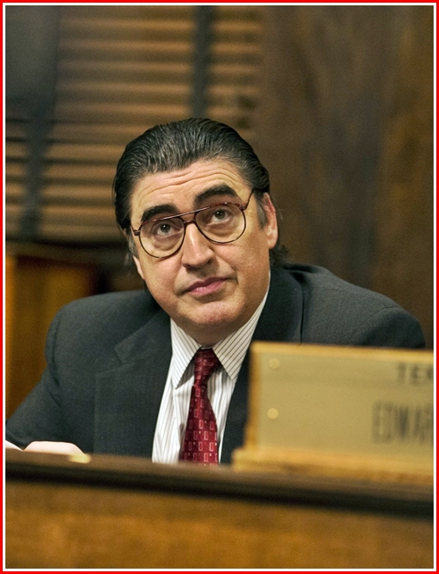 Alfred Molina - the only difference between him and a mustache-twirling villain - is the missing mustache