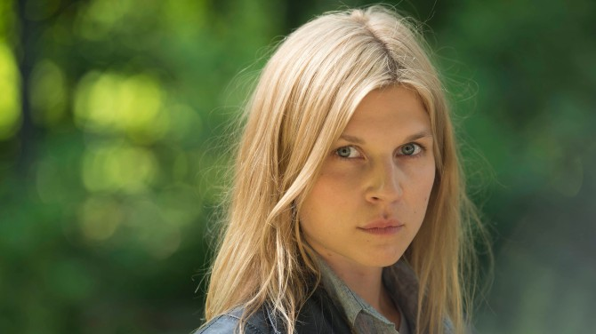 Clemence Poesy as Elise