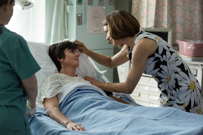 A flashback to when the Mom was at Tig's bedside prior to her mastectomy.